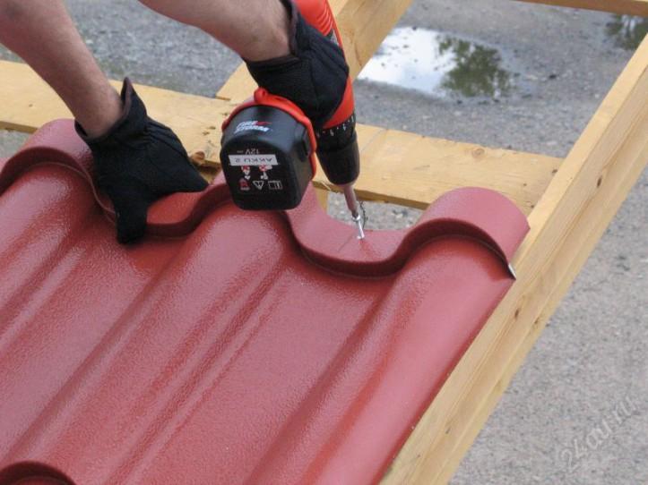 4. Укладка листов металлочерепицы - Руководство по монтажу металлочерепицы