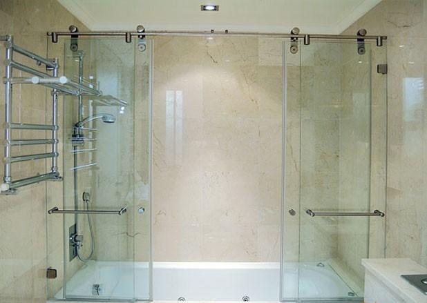 Установка стеклянных шторок на ванну своими руками